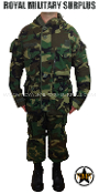 US Army Paratrooper Uniform - US Woodland Camouflage M81 Pattern